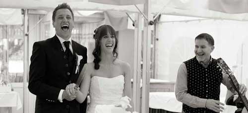 Livemusik für Ihre Hochzeit | Schubiduo macht Brautpaare glücklich ;-)